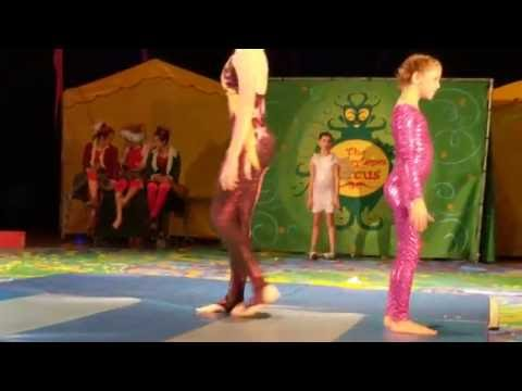 AMAZING CHILD Bendy contortion duo act