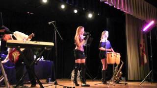 "Kickback ""Shake, Shake, Senora"",  Village Royale on the Green, Boynton Beach, FL 10-13-2011"