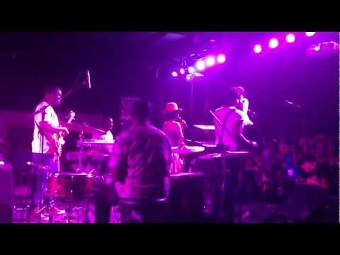 "Erykah Badu x Robert Glasper Experiment - ""Afro Blue"" (Live at Empire Control Room) #SXSW"