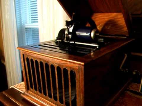The Darktown Strutters' Ball - Billy Murray & the Premier Quartet - 1917 Edison Blue Amberol Record