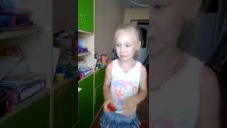 Ребенок ест Перец Чили 😂 Детские приколы. Смешные моменты.