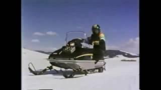 JOHN DEERE VINTAGE SNOWMOBILE