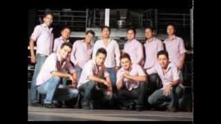 ECUATORIANOS EN EL MUNDO 2013 ROBINSON DJ CUMBIAS ECUATORIANAS