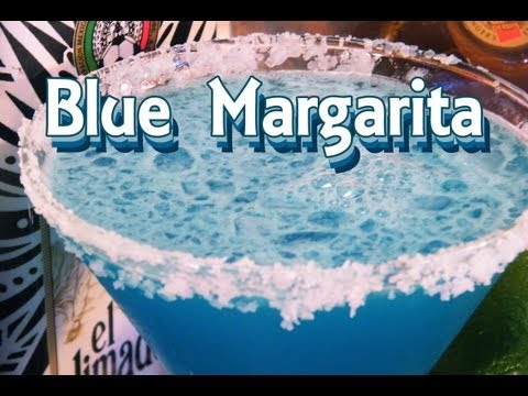 Blue Margarita Recipe - Blue Cocktail Recipes - TheFNDC.com