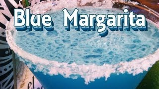 Blue Margarita Recipe - Blue Cocktail Recipes - Thefndc.com