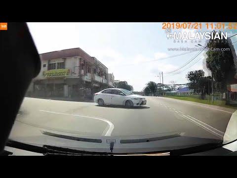 Cut Off / Near Miss Videos | Malaysian Dash Cam Owners