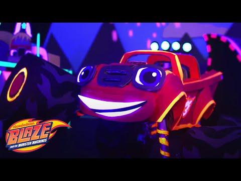 Ready, Set, Glow! w/ Blaze & Crusher Light Riders Crafts 🌠 | Blaze and the Monster Machines