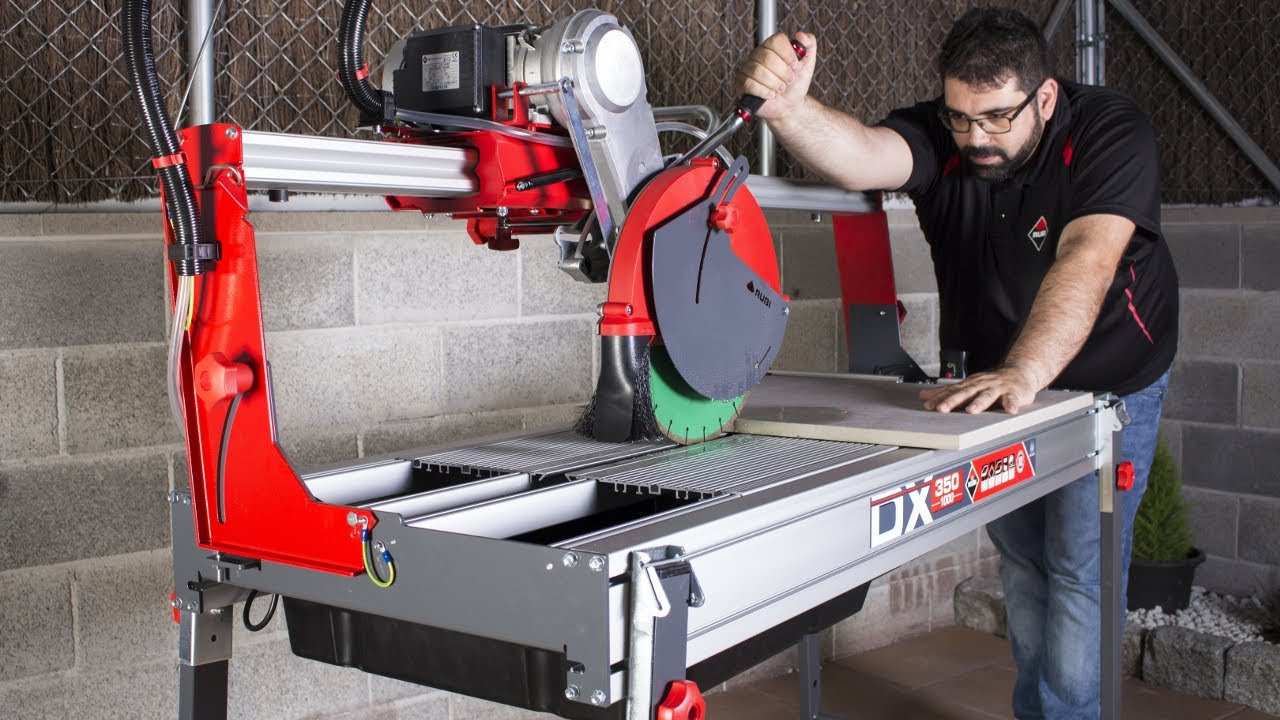 Wellers Hire Electric Tile Saw Bench