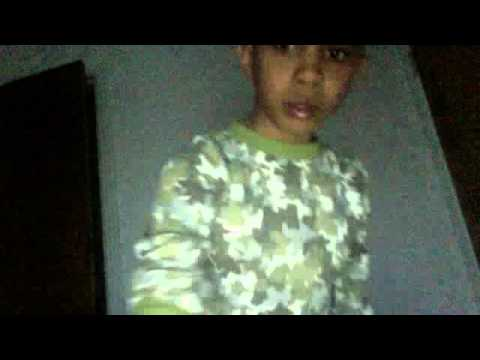 Epic FAIL Kid Tries To sing WWE 'The Great Khali