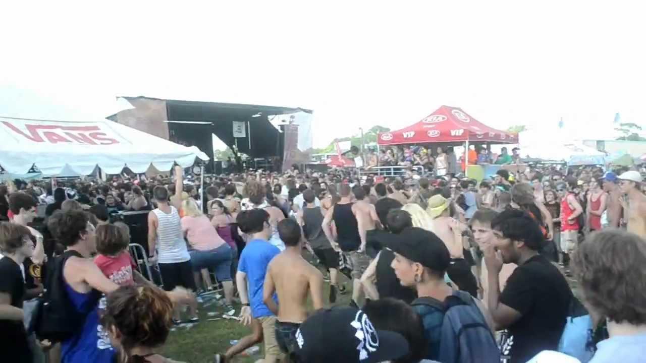 Of Mice & Men - Warped Tour 2012 Orlando - Circle Pit ...