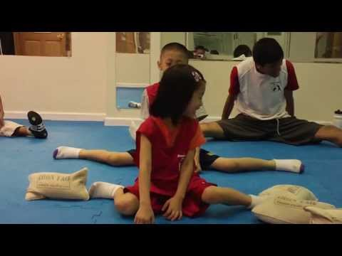 Kung Fu Kids: Split Stretch