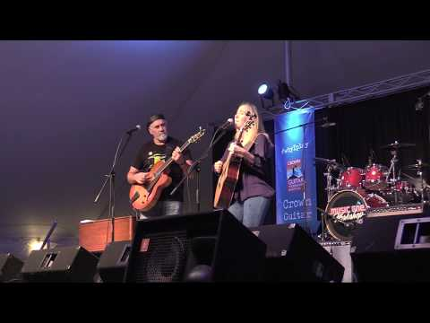 video:Raveis Kole - Dawn Breaks Through LIVE at Crown Guitar Festival