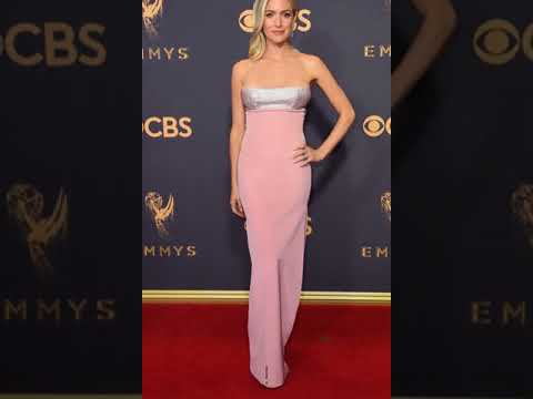 Anna Chlumsky from 2017 Emmys Red Carpet Arrivals