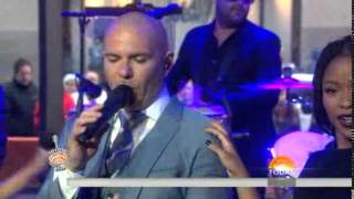 """""""Wild Wild Love"""" - Pitbull ft. G.R.L Live on the TODAY Show (03/31)"""