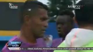 Download Video Esteban Vizcarra Telah Berlatih Bersama Sriwijaya FC MP3 3GP MP4