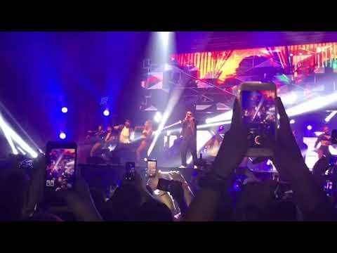 Luis Fonsi - Despasito ft Daddy Yankee live