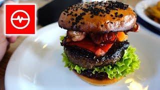 Burger z jelenia + móżdżek na ciepło