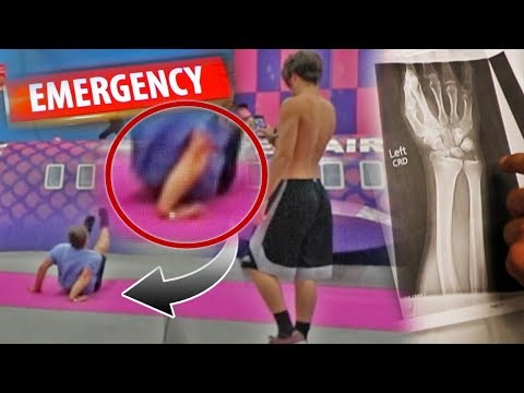 BROKEN ARM AT TRAMPOLINE PARK!!! (CAUGHT ON FILM) WORST TRAMPOLINE INJURY!