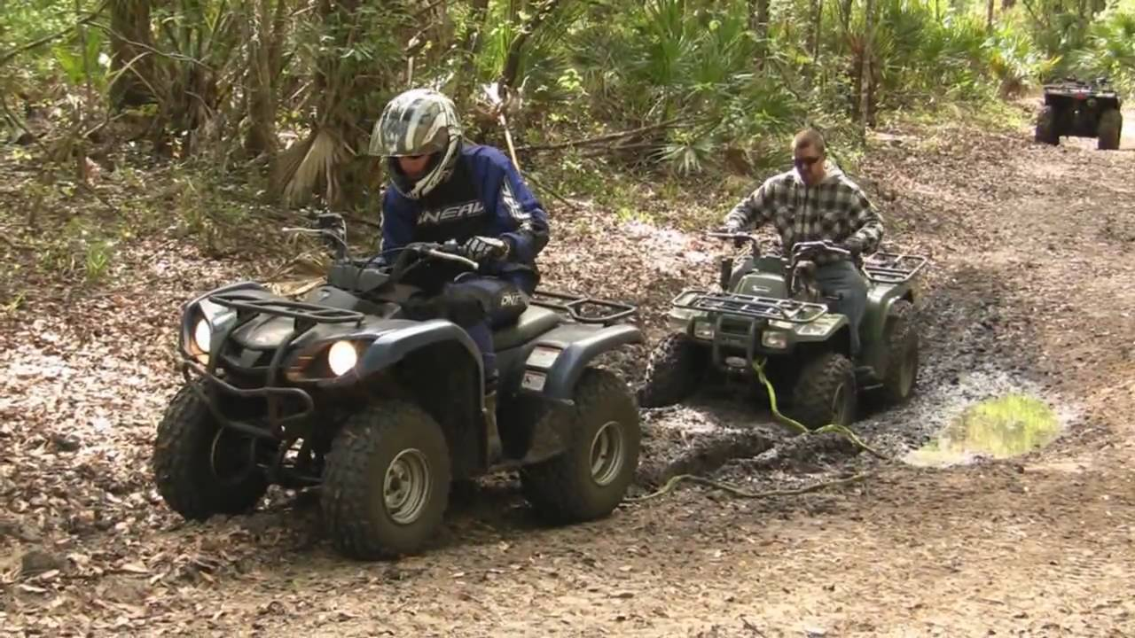 yamaha grizzly 125 pulling out kawasaki bayou 250 youtube. Black Bedroom Furniture Sets. Home Design Ideas