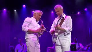 """Peter White and Dave Koz perform """"Glow"""" LIVE - 2017"""
