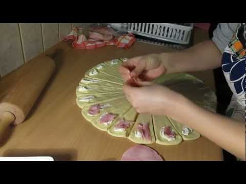 How to make homemade croissant with cheese and salami [HD]