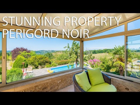 Potential Equestrian domain with house & gite for sale Perigord Noir ref : 89524KWI24