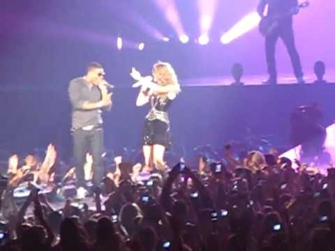 """Taylor Swift And Nelly """"Just A Dream"""" In Houston, TX! (Good Audio!! And Video!)"""