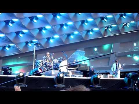 Muse - United States Of Eurasia LIVE @ Goffertpark 2010