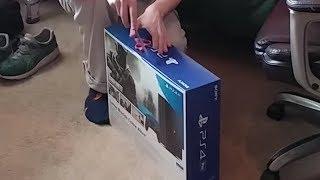Amateur Hour Unboxing: PS4 Pro