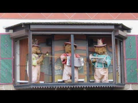 Blackpool Pleasure Beach's Three Avalanche Bears