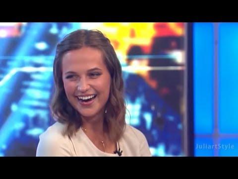 Alicia Vikander- Lara Croft - Funny moments 😆