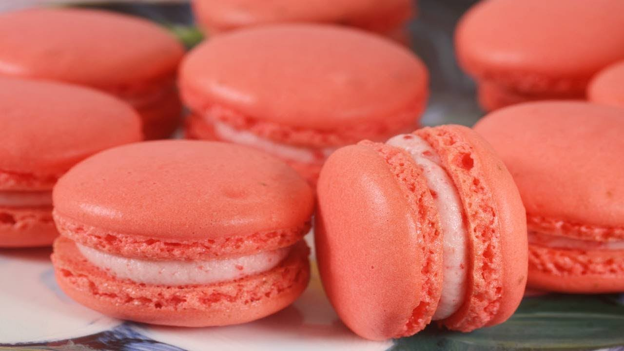 Strawberry Cheesecakes Macarons Recipe Joyofbaking Com Video Recipe