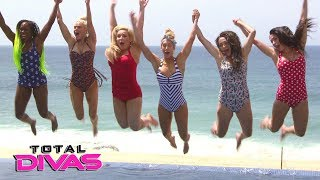Nikki helps Brie's confidence with a swimsuit photo shoot: Total Divas Bonus Clip, Dec. 20, 2017