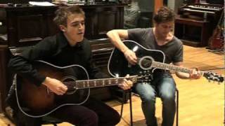 McFly Exclusive Acoustic cover - Falling in Love @ Premier 21 Master