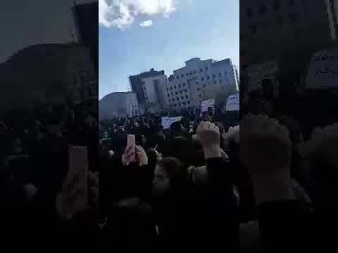 """The Regime In Iran Is Our Enemy""-Iranian Students Protest After Bus Crash Kills 9 #Regime"