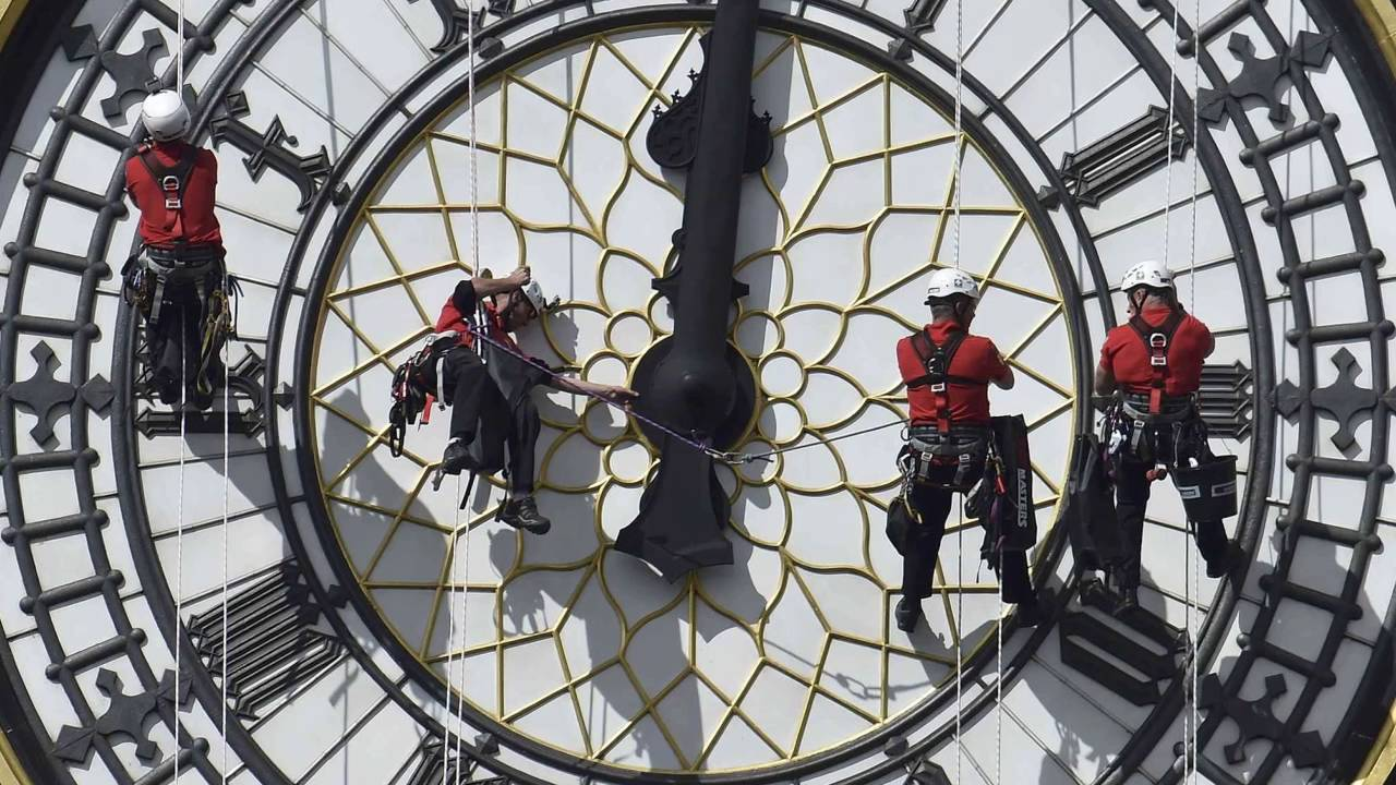 Staircase Big Ben : Why is big ben falling silent london clock tower youtube