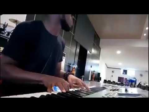 Love you baby By Banky w… Little mashup