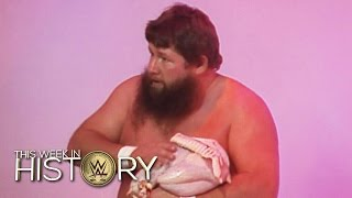 A Turkey-On-A-Pole Match?: This Week in WWE History, Nov. 26, 2015