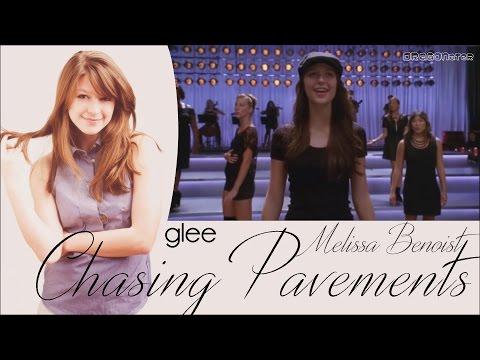 Glee Chasing Pavements Lyrics & Traduction Française