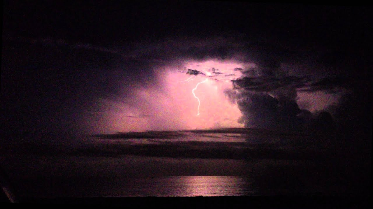 Gnarly San Diego Lightning Storm Over The Ocean Youtube