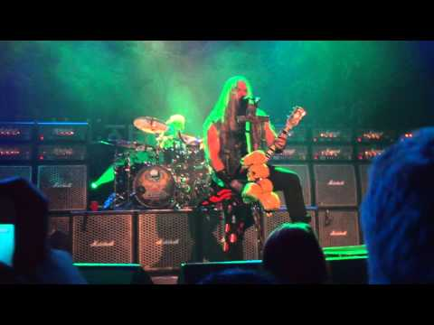 Black Label Society - Bored to Tears - Live in Vancouver, 04/11/2012