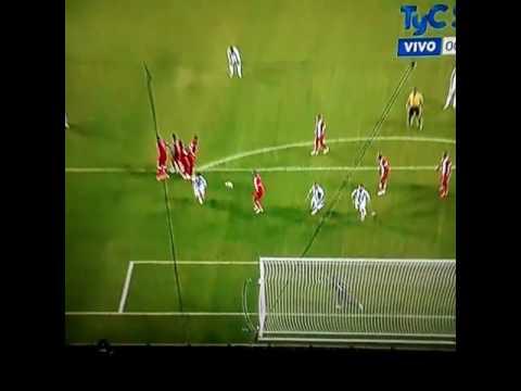 Messi la rompió y Argentina se metió en cuartos al golear 5 a 0 a Panamá