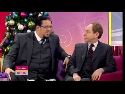 "Penn & Teller talk about ""Fool Us"" (Lorraine, 30.12.10)"