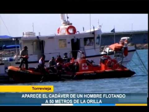 Aparece el cadáver de un hombre flotando a 50 metros de la orilla de la playa del Acequión