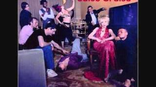 Watch Julee Cruise Everybody Knows video