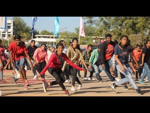 Hyderabad's Best Flash Mob Ever | VNRVJIET | Hyderabad | India