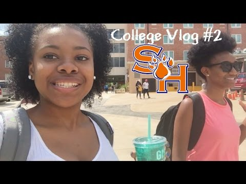 College Vlog #2: The Bookstore Robbed Me