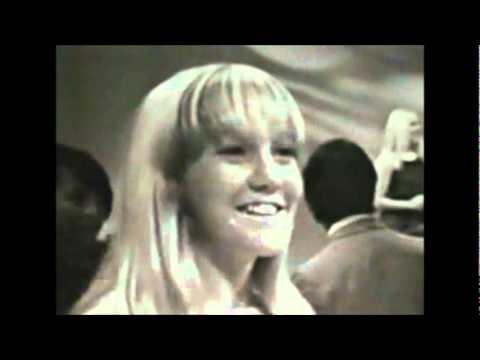 The Avantis - Keep On Dancing