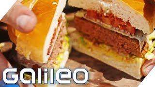 Welcher Fleischlos-Burger überzeugt Jumbo Schreiner? | Galileo | ProSieben
