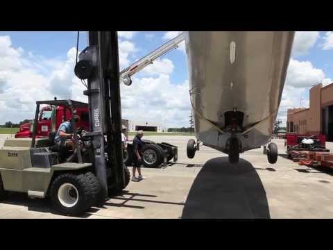Howard Hughes Sikorsky S-43 Disassembly and Move to Fantasy of Flight - Part 2